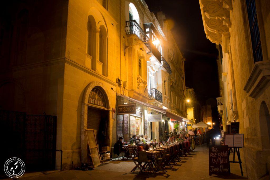 Valletta nocą