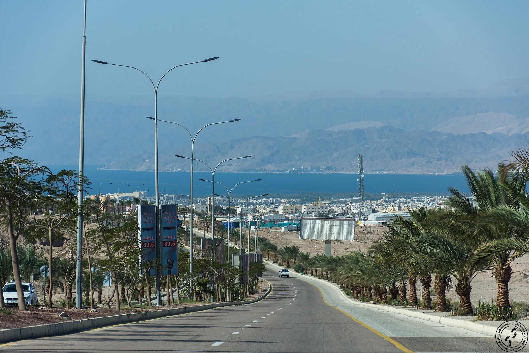 Widok nazatokę Aqaba.