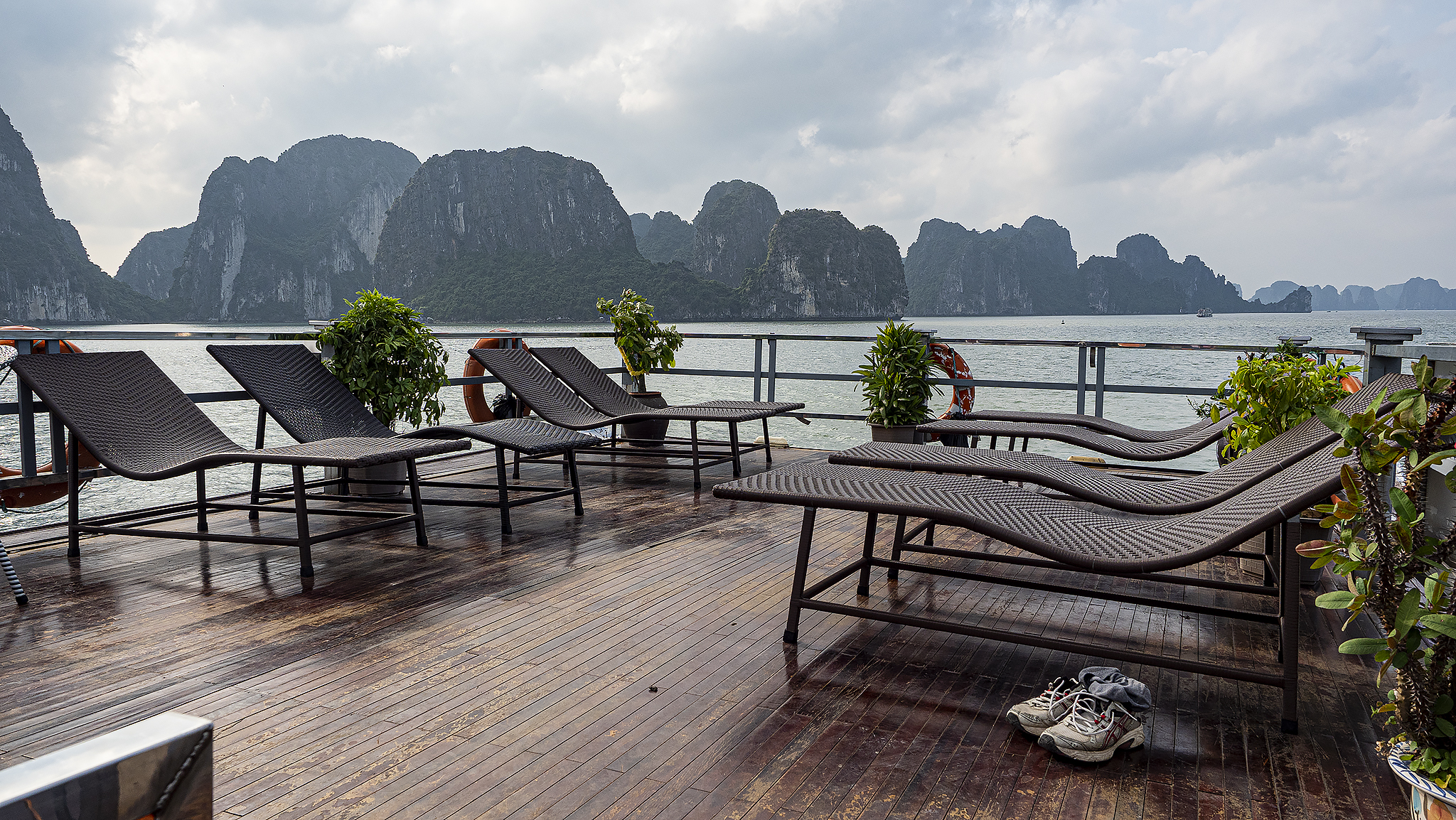 Ha Long boat